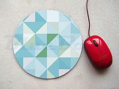 This mouse pad has a stain-resistant fabric top over a rubber non stick back. Measurements: Circle - 7.5 inch Rectangle - 7.75 inch x 9.25 inch Both pads are 1/4 thick with a slip-resistance rubber backing.  BlueBoxy watermark will not appear on the case. Its added to protect our designs.  Im also to make custom orders. Please contact me with your any questions or concerns.  Item will be shipped within 1-3 business days. All items will be shipped by Thailand Registered Airmail. Please ch...