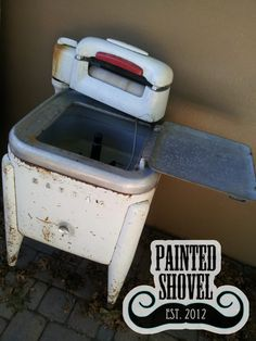 Vintage Maytag clothes washer for sale at Painted Shovel in Avondale, AL.