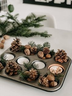 Diy Crafts For Adults, Diy Crafts For Home Decor, Diy Crafts To Sell, Decoration Crafts, Rustic Christmas, Christmas Time, Christmas Crafts, Etsy Christmas, Christmas Wreaths