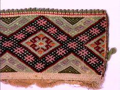 Norsk Folkemuseum - Fotograf Reinsfelt, Anne-Lise Folk Costume, Costumes, Anne, Bohemian Rug, Embroidery, Vintage, Design, Decor, Hemline