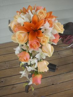 Wedding bouquet for bride to walk down the isle with... it'd be pretty in pink!
