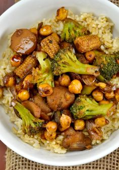 These vegan chickpea stir fry bowls are a healthy way to satisfy your takeout craving!