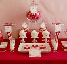 dessert table pinks and reds
