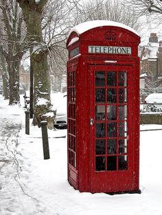 London phone box, via Flickr.