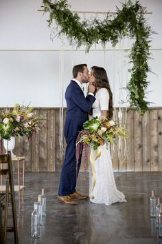 Rachel & Tanner | Wedding – Bladh Photography Could you imagine a more beautiful bouquet
