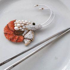 "Брошь ""Креветка"" бисер, жемчуг. Свободна! #вышивкабисером #брошь #Креветка #embroidery #broosch"