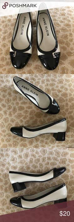"Sz 7: NWOT Anne Klein iflex Black and White Pumps Ideal for the busy business woman with their sensible 1.5"" block heel, these Anne Klein shoes are black and tan (or off white) with a small buckle accent. Never been worn, new without the box. Anne Klein Shoes Heels"