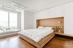 우드향기가 번지는 집, 신반포펠리스 42평 아파트인테리어 [옐로플라스틱/ YELLOWPLASTIC /옐로우플라스틱] : 네이버 블로그 House Design, Bedroom, Interior, Inspiration, Furniture, Inspire, Plastic, Home Decor, Yellow