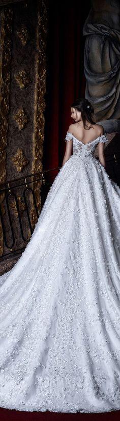 off shoulder lace wedding dresses - Deer Pearl Flowers / http://www.deerpearlflowers.com/wedding-dress-inspiration/off-shoulder-lace-wedding-dresses/