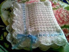 Modelos de mantillas para bebé al crochet - Imagui  Aprende más sobre de los bebés en Somos Mamas.