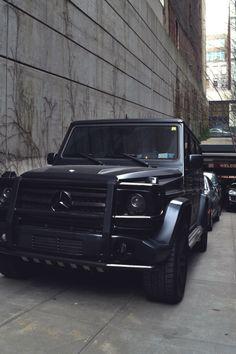 draftthemes: classyhustler:  Mercedes Benz G55 AMG |...