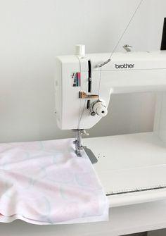 sewing machine skips stitches