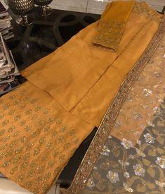 Best 12 Formal dresses – Page 351210470942151222 – SkillOfKing. Asian Wedding Dress Pakistani, Simple Pakistani Dresses, Pakistani Fashion Party Wear, Pakistani Dress Design, Pakistani Outfits, Stylish Dresses For Girls, Stylish Dress Designs, Party Wear Indian Dresses, Indian Gowns