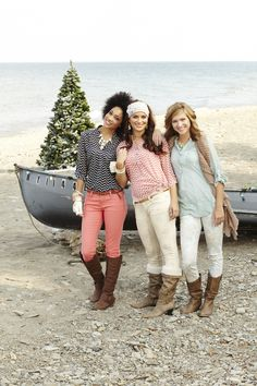 Holiday obsession: love the chevron print! Happy Girls, Guys And Girls, Fall Fashion, Fashion Ideas, Fall Outfits, Cute Outfits, Fashion Makeover, Fall Clothes, Future Fashion