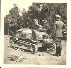 Foto Poln Panzer Tank Div-zeichen Camo Beute Kampf Wyszogrod Polen 21.9.1939 | eBay Ww2 Photos, Camo, Halloween Makeup, Halloween Halloween, Battle Tank, Photo Dump, Panzer, Skin So Soft, Armed Forces