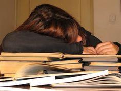 Fazer uma dissertação de mestrado não é uma das tarefas fáceis. É necessário, antes de tudo, gostar de pesquisa e do ramo acadêmico para conseguir conciliar