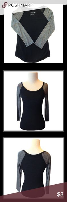 AEO Half Sleeve Shirt Gently used AMERICAN EAGLE OUTFITTERS half sleeve shirt;  SIZE XS                                 ✅BUNDLE AND SAVE American Eagle Outfitters Tops Tees - Long Sleeve