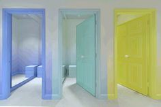 Image found on retail focus. Like idea of pastel coloured doors/door frames. Pepe_Jeans_fitting_room.