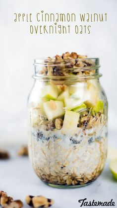 Cinnamon Walnut Overnight Oats These nutritious oats are like apple pie in a jar . for breakfast.These nutritious oats are like apple pie in a jar . for breakfast. Mason Jar Breakfast, Breakfast Dishes, Breakfast Recipes, Paleo Breakfast, Breakfast Ideas, Breakfast Time, Nutritious Breakfast, Breakfast Cereal, Breakfast Smoothies
