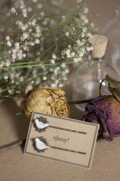 Los ganchitos pueden ser un buen regalo para tus invitadas! ohmycontacto@gmail.com