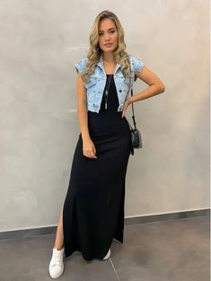 Long Skirt Outfits, Modest Outfits, Modest Fashion, Dress Outfits, Fall Outfits, Fashion Dresses, Floral Skirt Outfits, Apostolic Fashion, Modest Clothing