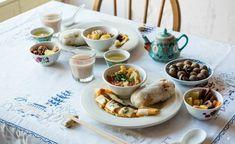 早餐要吃的好!日本這間各國早餐專門店最新推出台灣式飯糰、蛋餅套餐 4 Easy Salad Recipes, Easy Salads, Veggie Recipes, Breakfast Menu, Breakfast Recipes, Taiwanese Breakfast, Easy Desserts, Dessert Recipes, Salad Ingredients