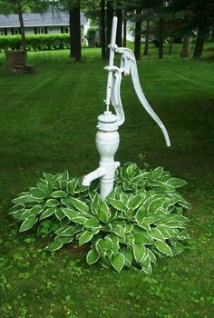Garden Clean water fountains and Barrier Fountains for your own personal house & gardening. Garden Junk, Garden Yard Ideas, Landscaping With Rocks, Backyard Landscaping, Garden Fountains Outdoor, Water Fountains, Old Water Pumps, Water Well, Water Garden