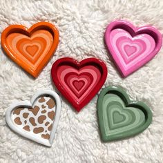 Diy Crafts To Do, Arts And Crafts, Clay Plates, Clay Art Projects, Creation Deco, Cute Clay, Diy Canvas Art, Clay Jewelry, Jewelry Tray
