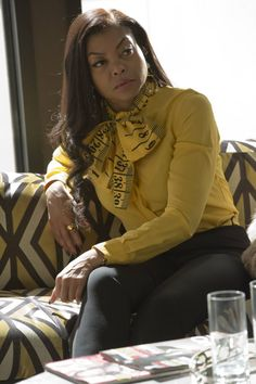 Pin for Later: Cookie Lyon's Look Is on Point For Empire's Season Finale Season 2 She tied on a little Moschino for an afternoon.