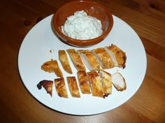 Chicken with Seasoned Yogurt Dipping Sauce