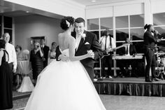 Hoover Country Club weddings. summer wedding. reception. first dance. bride and groom. Mr. and Mrs. Birmingham, Alabama