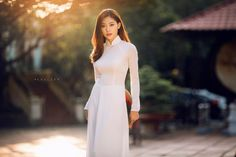 Nhìn hình ảnh này, bạn còn không tin con gái Việt cứ diện áo dài là xinh hết phần người khác? - Ảnh 2.