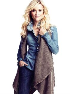 Reese Witherspoon. You maybe know her from Friends, where she portrayed Jill Green - Rachel's sister.