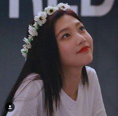 Red Velvet Joy, Velvet Color, Red Velet, Joy Rv, Park Sooyoung, Korean Bands, Celebs, Celebrities, Kpop Aesthetic