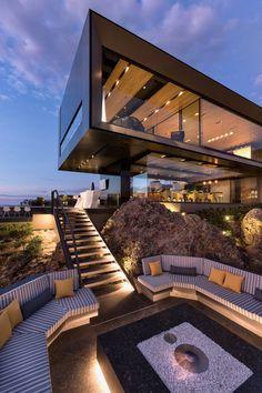 Dream House Interior, Luxury Homes Dream Houses, Dream Home Design, Modern House Design, My Dream Home, Luxury Modern House, Modern Interior, Modern Mansion, House Exterior Design