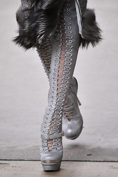 Alexander McQueen at Paris Fashion Week Fall 2011 - Details Runway Photos Bootie Boots, Shoe Boots, Alexander Mcqueen Shoes, Mcqueen 3, Punk Boots, Mode Inspiration, Thigh High Boots, Fashion Shoes, Paris Fashion