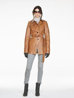 Banana Republic Fall 2016 Ready-to-Wear Fashion Show.. That coat!