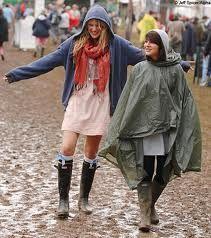 glastonbury festival - Google Search Festival Looks, Festival Gear, Festival Outfits, Festival Fashion, Festival Style, Cute Raincoats, Raincoats For Women, Rain Boots Fashion, Festival Essentials