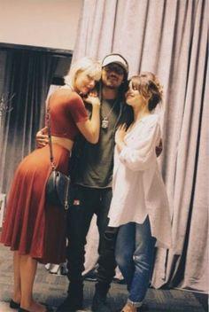 Taylor Swift se opera para ser parte de la familia Kardashian