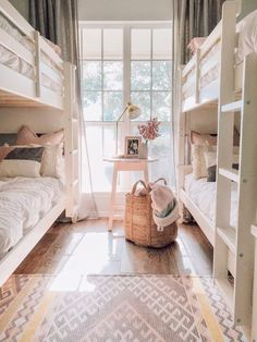 35 Fascinating Shared Kids Room Design Ideas - Planning a kid's bedroom design can be a lot of fun. It can also be a daunting task as you tackle the issue of storage and making things easy to clean. Bunk Beds For Girls Room, Bunk Bed Rooms, Girl Rooms, Bedrooms, Ikea Bunk Bed, Room Girls, Cheap Bunk Beds, Corner Bunk Beds, 3 Bunk Beds