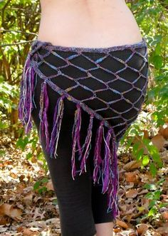 Crochet tribal belly dance hip scarf by Solace Linket Virker IKKE :'( Belly Dance Outfit, Belly Dance Costumes, Crochet Belt, Crochet Scarves, Shawl Patterns, Crochet Patterns, Tribal Belly Dance, Dance Outfits, Dance Dresses
