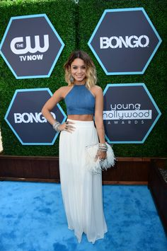 LOVE this outfit. and her hair...We're not worthy, Vanessa Hudgens! »