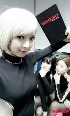 Choa with Jimin and HyeJeong