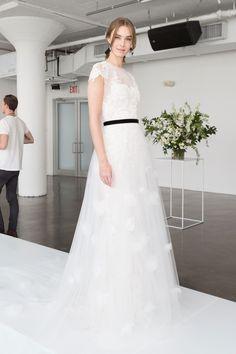 Marchesa Bridal Spring 2018 Collection Photos - Vogue
