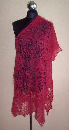 Knit Lace Shawl Ravelry FREE pattern Raspberry Dream Stole pattern