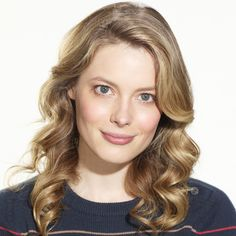 Learn more about Gillian Jacobs who plays Britta Perry in the NBC comedy Community. Gillian Jacob, Hair Today, Cut And Style, Pretty Face, Hair Cuts, Hair Color, Community, Actresses, Long Hair Styles