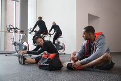 """Beat the """"Resolution Rush"""" with these gym hacks. Excercise, Crowd, Beats, Hacks, Bike, Gym, Fitness, Ejercicio, Bicycle"""
