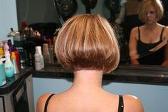 Bob - don't want Bob Haircut For Fine Hair, Haircuts For Fine Hair, Short Bob Haircuts, Stacked Bob Hairstyles, Pretty Hairstyles, Medium Hair Styles, Short Hair Styles, Short Hair Cuts, Hair Inspiration