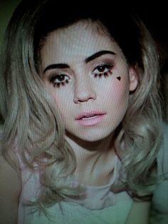 ♡ Marina and the Diamonds ♡ .  | via Tumblr