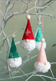 Diy Gnome Ornaments Diy Gnome Ornaments,Cute Crafts DIY Gnome Ornaments :: Related posts:DIY Möbel Projekte aus ganzen Paletten - Dekoration ideen 2018 - Ideas of Classy Hair Waves for Everyday Gnome Ornaments, Christmas Ornament Crafts, Handmade Ornaments, Christmas Crafts For Kids, Diy Christmas Gifts, Christmas Projects, Christmas Fun, Holiday Crafts, Christmas Design